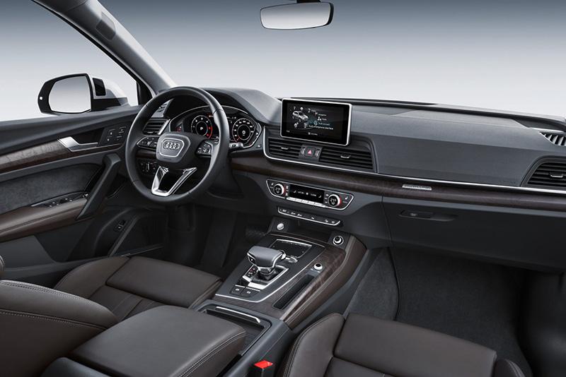 Новая Audi Q5 2018 года