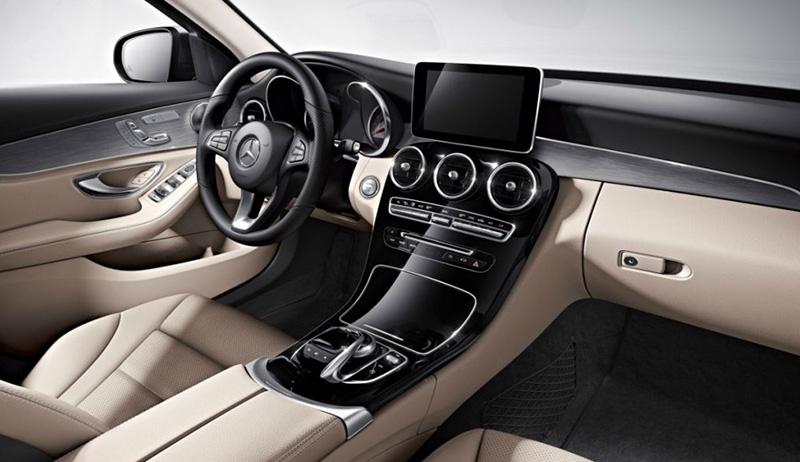 Mercedes-Benz C-класса 2018: цена и комплектации